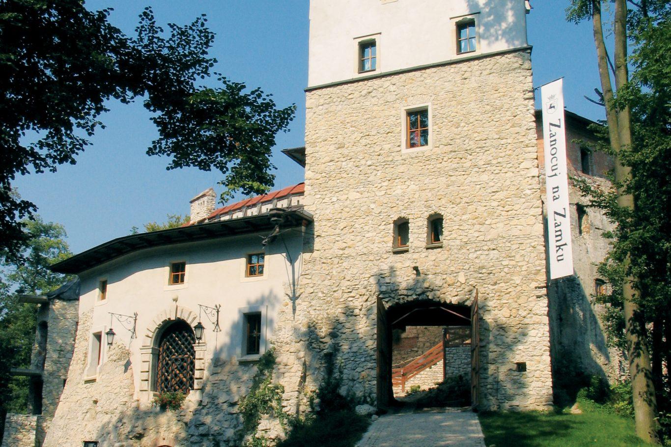 ZAMEK W KORZKWI, fot. M. Klag (MIK, 2007) CC BY SA 3.0