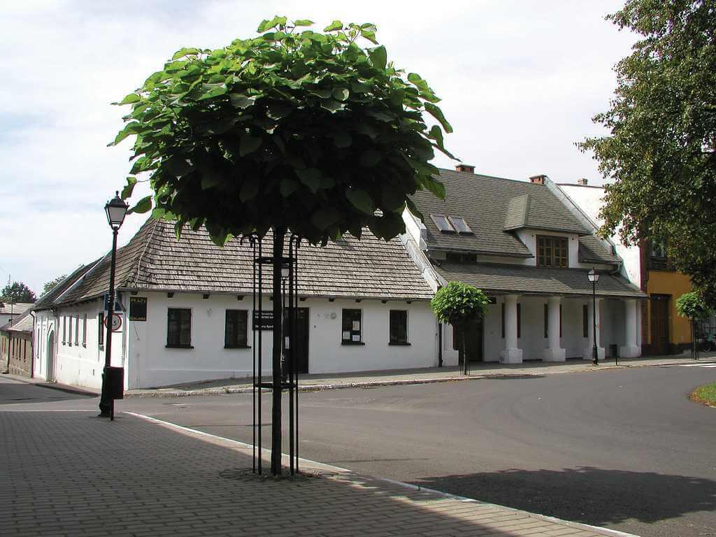 ZABUDOWA MIASTA SŁAWKÓW, fot. M. Klag (MIK, 1999) CC BY SA 3.0